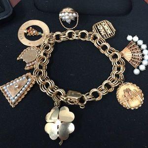 Jewelry - Antique charm bracelet. 14 k . 8 charms 77.5 g